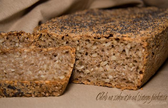 Prosty chleb pszenno-żytni zakwasie