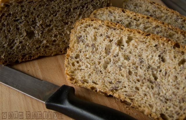 Chleb pięć ziaren na drożdżach