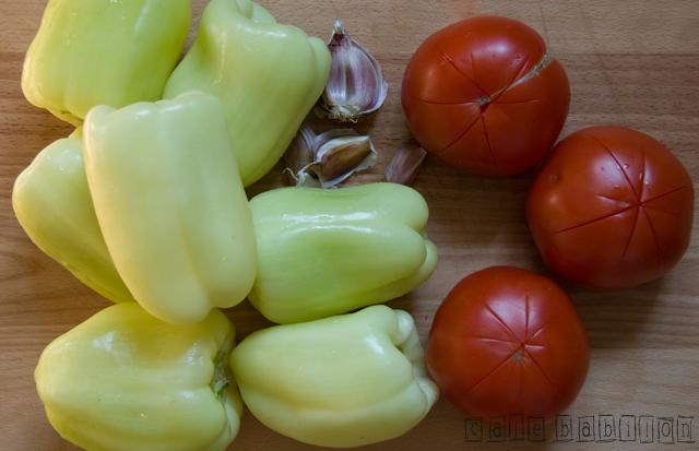 Papryka w pomidorach