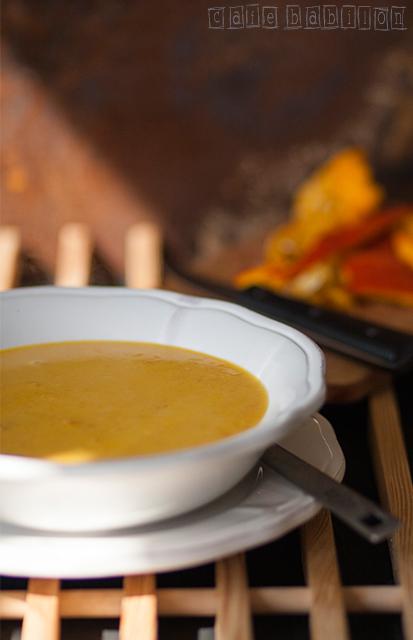 Zupa dyniowa na mleku sojowym