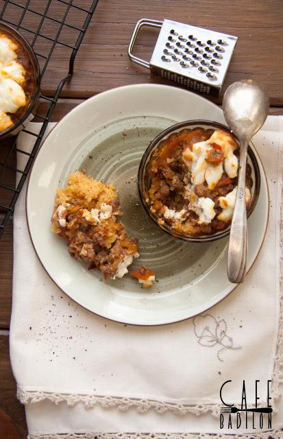 Zapiekanka z mielonym mięsem i warzywami