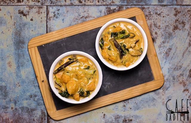 Bezmięsne curry z batatami i shitake